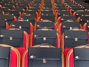 Без работы могут остаться до трети госслужащих. Фото: РИА Новости