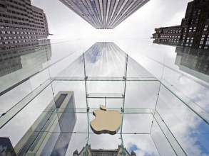 Недовольных акционеров Apple стало значительно больше