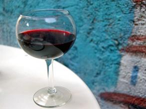 Как Роспотребнадзор грузинское вино дегустировал