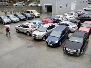 Россияне стали меньше покупать авто