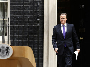 Премьер Британии требует от офшоров прозрачности