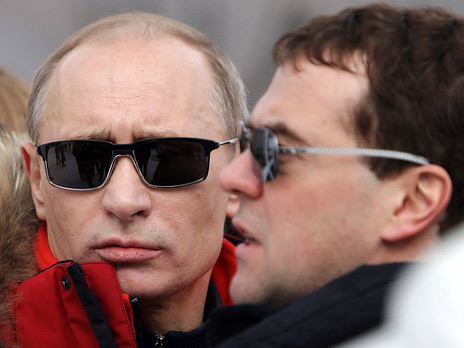 Средний класс должен сформировать целевой капитал! Putin-myedvyedyev-3