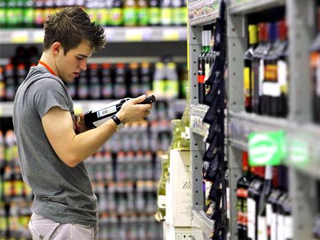 Чтобы купить спиртное в магазине