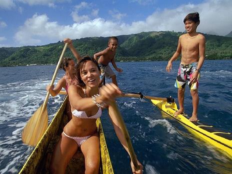 Кадр из фильма «Серфинг на Таити 3D»