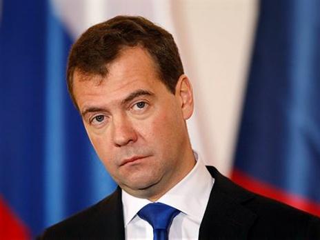 Президент России Дмитрий Медведев выразил на странице в Facebook свое отношения к протестам по поводу фальсификации итогов выборов. Фото: AP