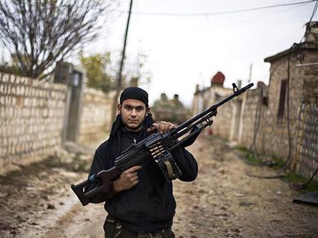 Сирийские повстанцы объявили войну