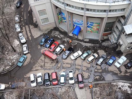 http://m1.bfm.ru/news/maindocumentphoto/2013/01/25/parkovka_1.jpg