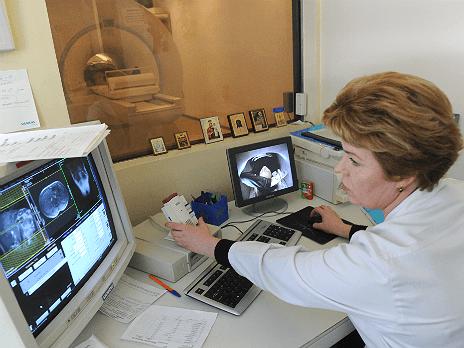 http://m1.bfm.ru/news/maindocumentphoto/2014/04/07/hospital.breaking.tass_1.png